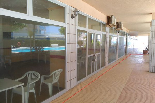 Restaurant in Calpe, at the foot of the beach   235 m²
