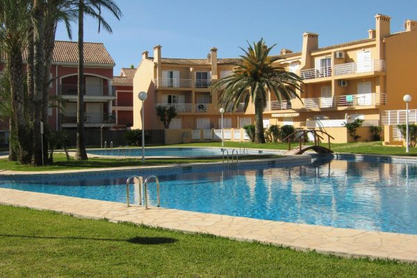 Townhouse, close to the beach El Arena in Javea | 150 m²
