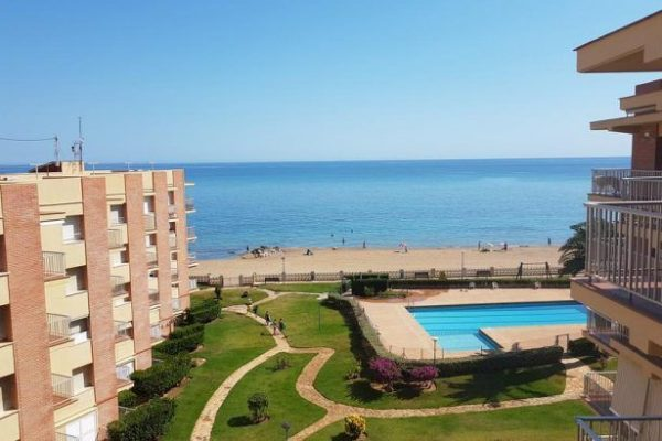 Apartment directly on the beach of Denia | 55 m²
