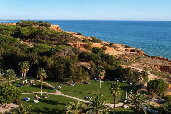 Hotel and Sport Resort **** in the Atlantic Ocean   Portugal