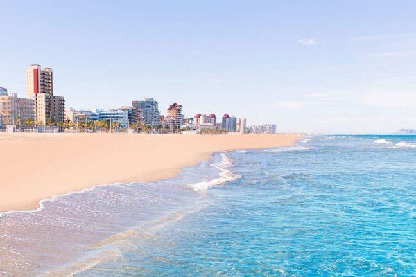Hotel **** near the beach in Gandia +250 rooms | Valencia