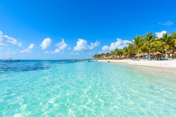 Beach hotel*** in hotel zone Cancun, +110 rooms | Mexico