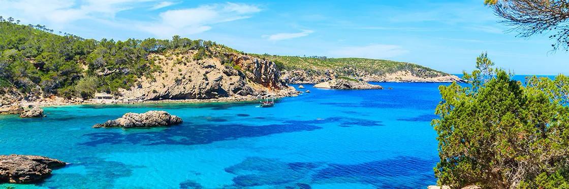 Protected: Hotel**** & Beach Resort  con >180 habitaciones | Ibiza